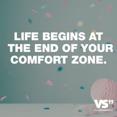 Visual Statements®️ Sprüche/ Zitate/ Quotes/ Motivation/ Life begins at the end of your comfort zone.