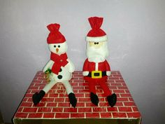 Santa y muñeco de nieve $30 c/u