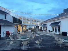 Early morning at Lido Marina Village where it's very peaceful and quiet to relax and drink a cup of coffee. Marina Village, Newport Beach, Early Morning, Relax, California, Drink, Coffee, Kaffee, Beverage