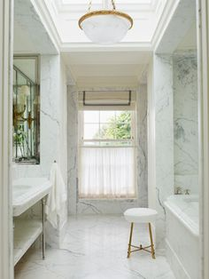 Central London Town House - Traditional - Bathroom - london - by Paolo Moschino for Nicholas Haslam Ltd