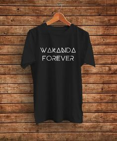 Black panther shirt, wakanda shirt Wakanda Forever Slogan black panther Marvel mens womens unisex t-shirt Black Panther Marvel, Black Panther Shirt, Moda Marvel, Marvel Mode, Marvel Fashion, Marvel Clothes, Black Panthers, Cool Outfits, Fashion Outfits