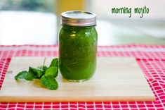 Morning Mojito Green Juice. A delicious and healthy juicing recipe!  1 head of organic romaine lettuce    3 cucumbers, peeled    1 lime, peeled    1-2 organic pears, chopped up    2 sprigs of mint