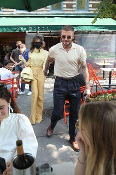 Victoria And David, Victoria Beckham Outfits, David Beckham, New York, Leaves, Times, Bar, Elegant, Style