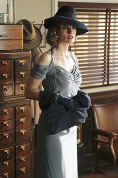 Stana Katic as Kate Beckett/Vera Mulqueen in Castle (TV Series, 2012).