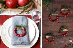 Så gör du små minikransar av färska tranbär, rött och juligt precis som de flesta av oss vill ha det kring jul.