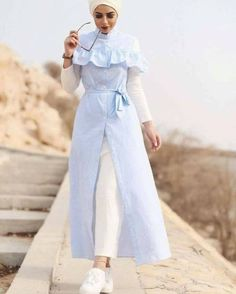 Hijab Frühjahr 2017 - Just Trendy Girls - Another! Modest Fashion Hijab, Casual Hijab Outfit, Hijab Chic, Abaya Fashion, Islamic Fashion, Muslim Fashion, Mode Outfits, Fashion Outfits, Abaya Mode