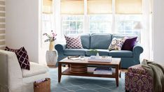 6 Ways to Style Your Home with Decorative Pillows #interiordesignideas #homedecor #pillows #livingroomdecor #bedroomdecor