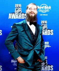 Brent Burns  6/22/16 Brent Burns, Las Vegas, San Jose Sharks, Pittsburgh Penguins, Hockey Players, Champs, Nhl, Blazer, Suits