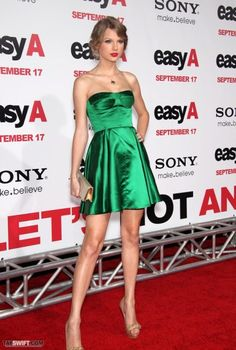 How to wear green dress? 20+ looks #evatornadoblog #fashion #russianfashionblog…
