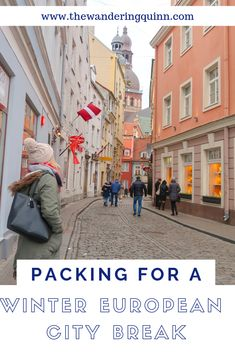 What I Pack for a European Winter City Break with Hand Luggage Only! City Break Packing, Packing For Europe, Road Trip Europe, Winter Packing, Packing List For Travel, Europe Travel Guide, Backpacking Europe, Winter Travel, Packing Tips