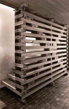 Escalera en madera