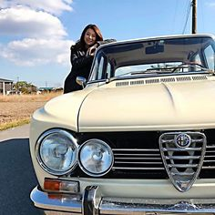 #alfaromeo #oldcar #oldcars #alfaromeogiuliasuper #alfaromeogiulia #classiccar #アルファロメオ #アルファロメオジュリアスーパー #italiancars #italiancar #vintagecar #70scars #70scar #alfisti #giuliasuper #giulia #italianclassiccar #愛車 #旧車 #イタリアンカー #クラシックカー #alfa105 #alfaholics #cromodora#wakos#carnaubawax#carnauba#小湊鉄道