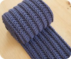 Ravelry: Manly Ribbed Scarf pattern by Pink Milk