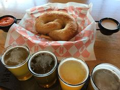 Combining your love of craft beer with your other hobbies and passions. BEerCRAFTY represents beer, food, art, and fun. Bagel, Craft Beer, Fun, Home Brewing, Hilarious