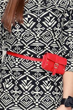 Le Petit Hip Sacks Belt // Storets.com // #Accessories #fashion #bag