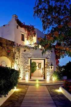 Paros by night!