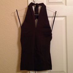 Ann Taylor tie neck halter top Brown Ann Taylor halter top. Ties around the neck. Size small. Great condition! Ann Taylor Tops