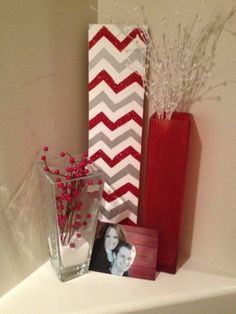perfect for every empty space. (Not a Chevron fan because it is too common now, but I enjoy painting it for my clients. Holiday Fun, Christmas Time, Holiday Decor, My Living Room, Living Room Decor, Feng Shui, Home Projects, Craft Projects, Diy Home Decor