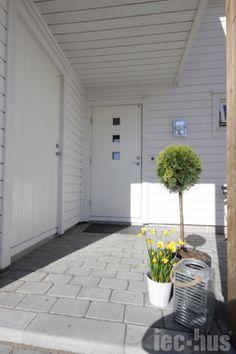 Inngangsparti ved boligen