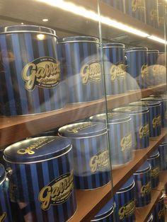 缶カンが並んでてかわゆす♡ このビッグ缶カンも買えるみたぃ高いけど