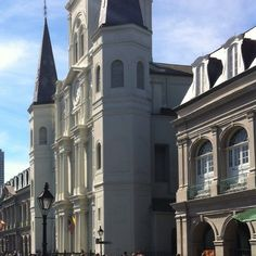 #photography #picoftheday #instagram #neworleans #frenchquarter #church #architecture #architecturelovers #scenicview #stlouiscathedral #jacksonsquare by davidcw1968