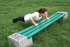 Ćwiczenia w parku   http://www.fit.pl/cwiczeniadlaciebie/w-plenerze/cwiczenia-fitness-w-parku,329,1,0.html