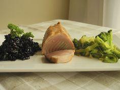 Arroz Negro com leite de castanhas, trufas brancas, legumes tostados e atum grelhado 3