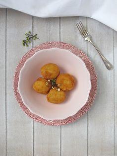 croquetas de queso brie y peras