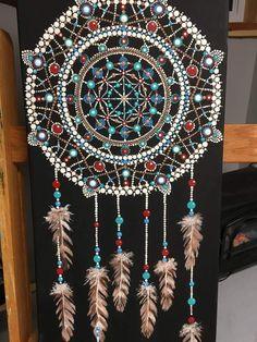 Discover thousands of images about Puntillismo. Dot Art Painting, Mandala Painting, Painting Patterns, Stone Painting, Painting Tutorials, Mandala Canvas, Mandala Dots, Dream Catcher Mandala, Pinterest Diy Crafts