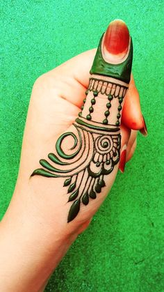 Henna Finger Tattoo, Finger Tattoos, Easy Henna, Simple Henna, Mehndi Art, Henna Mehndi, Henna Tattoo Designs, Mehndi Designs, Henna Designs For Kids