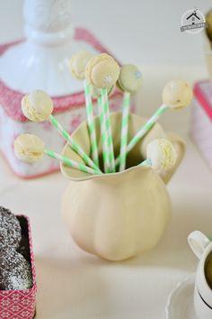 Tea Party - Geburtstags-Winterevent vom Knusperstübchen: Sweet Table mit Carrot Cake und andere süße Leckereien   Das Knusperstübchen