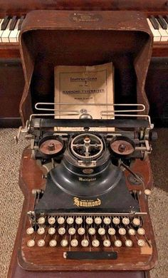 Antique Circa 1917 Hammond Multiplex Typewriter Case & Manual AS IS #Hammond