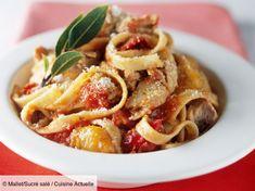 Recette Pâtes au thon excellentes. Ingrédients (4 personnes) : 400 g de thon en conserve au naturel, 400 g de concassée de tomates, 320 g de tagliatelles... - Découvrez toutes nos idées de repas et recettes sur Cuisine Actuelle