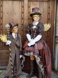 Steampunk Fashion Is a term that you probably already met in recent years through your Internet travel. But what is the steampunk style? Steampunk Cosplay, Steampunk Mode, Chat Steampunk, Style Steampunk, Steampunk Design, Steampunk Wedding, Victorian Steampunk, Steampunk Clothing, Victorian Fashion
