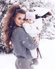 mommy and me – Schwangerschafts Fotos Cute Kids, Cute Babies, Baby Kids, Baby Boy, Kids Girls, Elegantes Outfit Frau, Baby In Snow, Cute Family, Family Goals