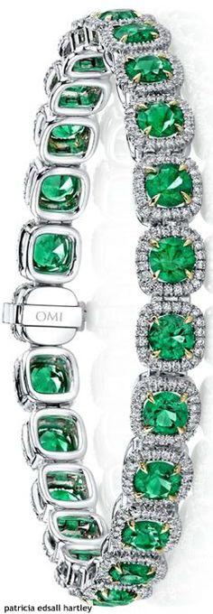 http://rubies.work/0379-sapphire-ring/ Emerald & Diamond Bracelet