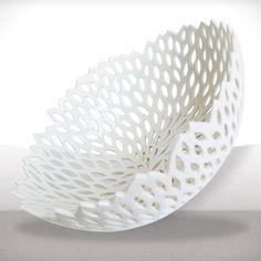 Très grand nid de porcelaine, pièce réalisée entièrement à la main. Porcelaine de Limoges. 43,90 €