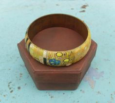 Bracelets, Bangles, Charms, Charm Bracelets, Handpainted, Hand painted, Wooden Bracelet, Wooden Bangle, Art nouveaum, Kiss, Klimt by allabouthandicraft on Etsy