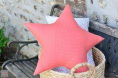 Etoile couture en tissu Odonata Corail Frou-Frou. Création Fikou Mikou
