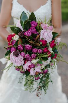 Rustic boho berry toned wedding bouquet with peonies and roses | Bec Essery | See more: http://theweddingplaybook.com/rustic-outdoor-wedding-berry-hues/