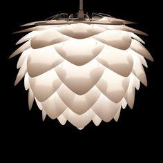 Silvia Mini Lampenschirm von Umage Chandelier, Table Lamp, Mini, Ceiling Lights, Lighting, Home Decor, Lights, Bedroom, Candelabra