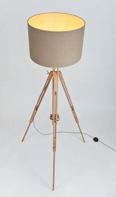 Stehlampen - Lamp γ zeitlose Staffelei-Stehlampe, Textilkabel - ein Designerstück von LJ-Lamps bei DaWanda