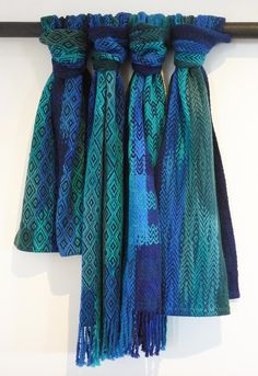Don't you just love a stack of scarves. First up kakapo and in particular, Sirocco. Kakapo are flightless, nocturnal, ...