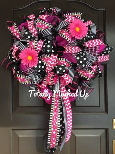 Spring Summer Wreath, Deco Mesh Wreath with ribbon and flowers, Hot Pink Wreath, Black Polka Dot Wreath, Pink Chevron Wreath