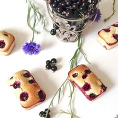 Dessert Aux Fruits, Sweet Recipes, Muffin, Pudding, Cookies, Cake, Desserts, Pastries, Brownies