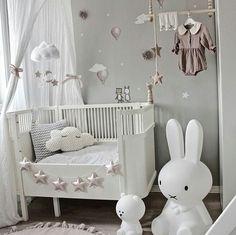 Girls room in gray & dusky pink ideas gray dusky pink Fantasyroom on … - Babyzimmer Ideen Baby Nursery Decor, Baby Bedroom, Baby Boy Rooms, Little Girl Rooms, Baby Decor, Nursery Room, Girl Nursery, Girls Bedroom, Bedroom Decor