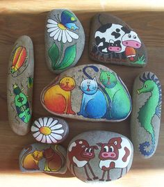 Cute painted stones:                                                                                                                                                     More