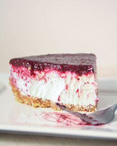 no bake berry greek yogurt cheesecake via barerootgirl.com