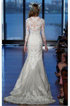 Sweep Train Zipper 3/4-Length Sleeves Empire Deep V-neck Wedding Dresses