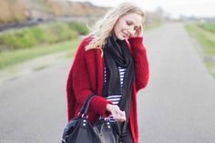 Outfit | On Christmas day 1310bynora.com   Wearing | Red cardigan / striped shirt / black treggings / cut out boots / black bag